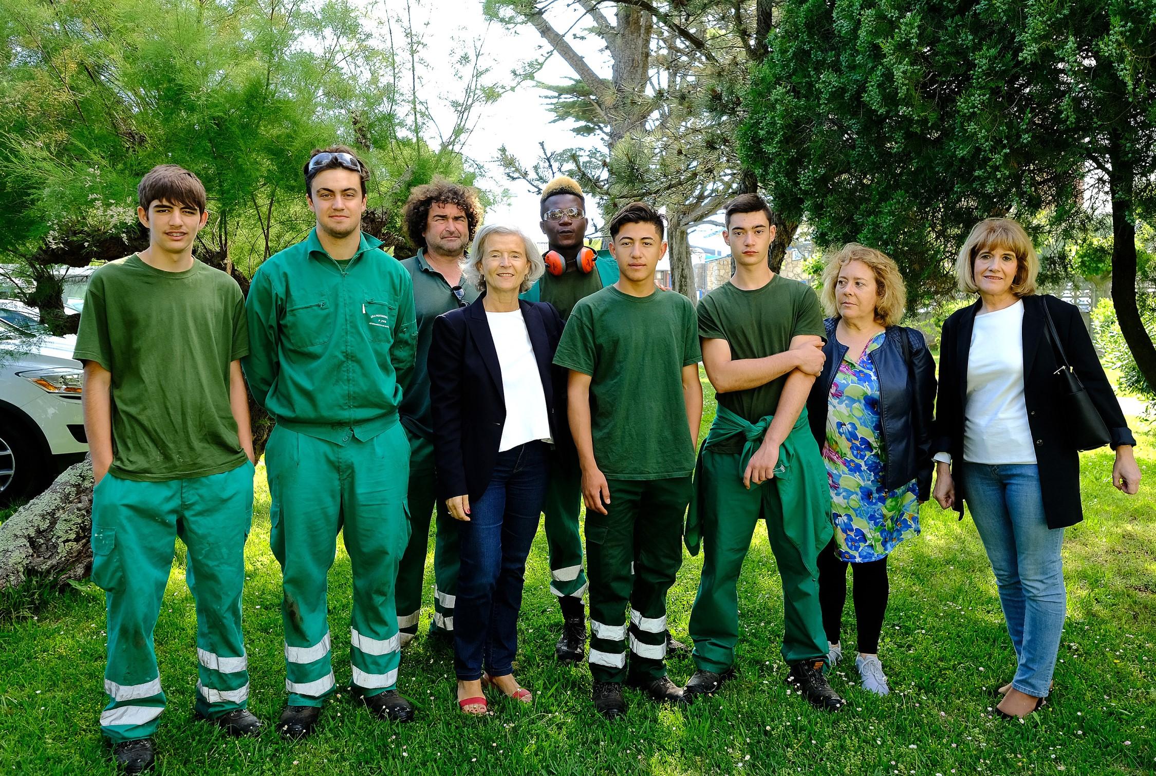 Alumnos del programa de fp b sica en jardiner a aplican for Jardineria santander