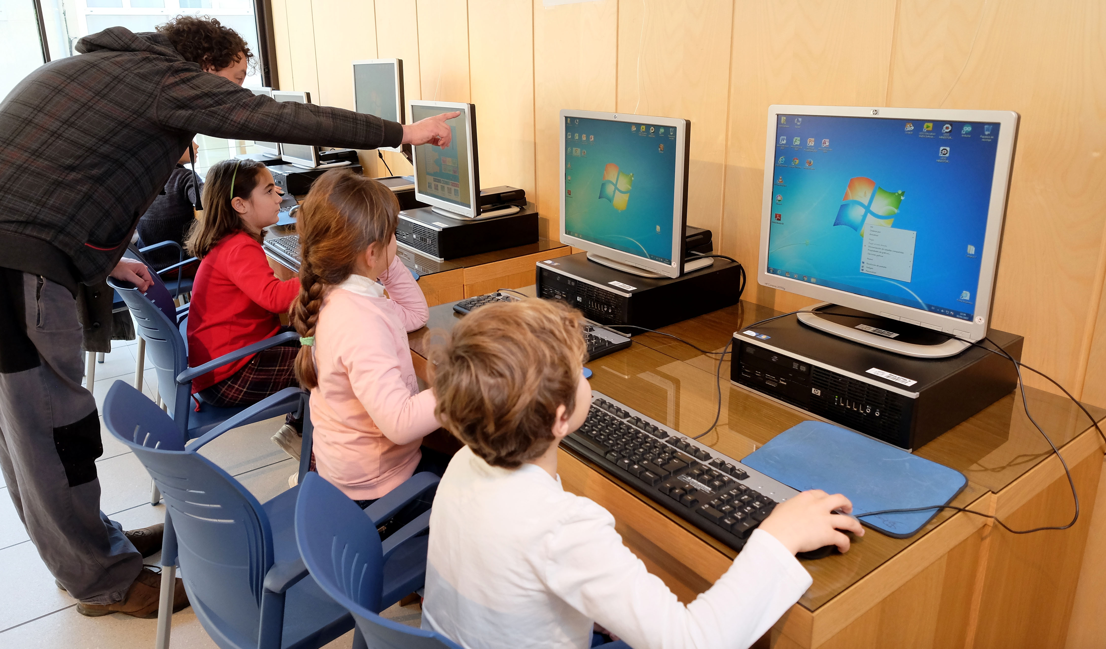 cursos_informatica_para_ninos_-_red_telecentros_0.jpg