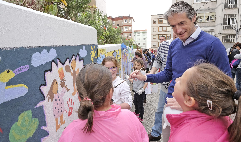 De la serna participa con escolares de entrehuertas en una for Serna v portales