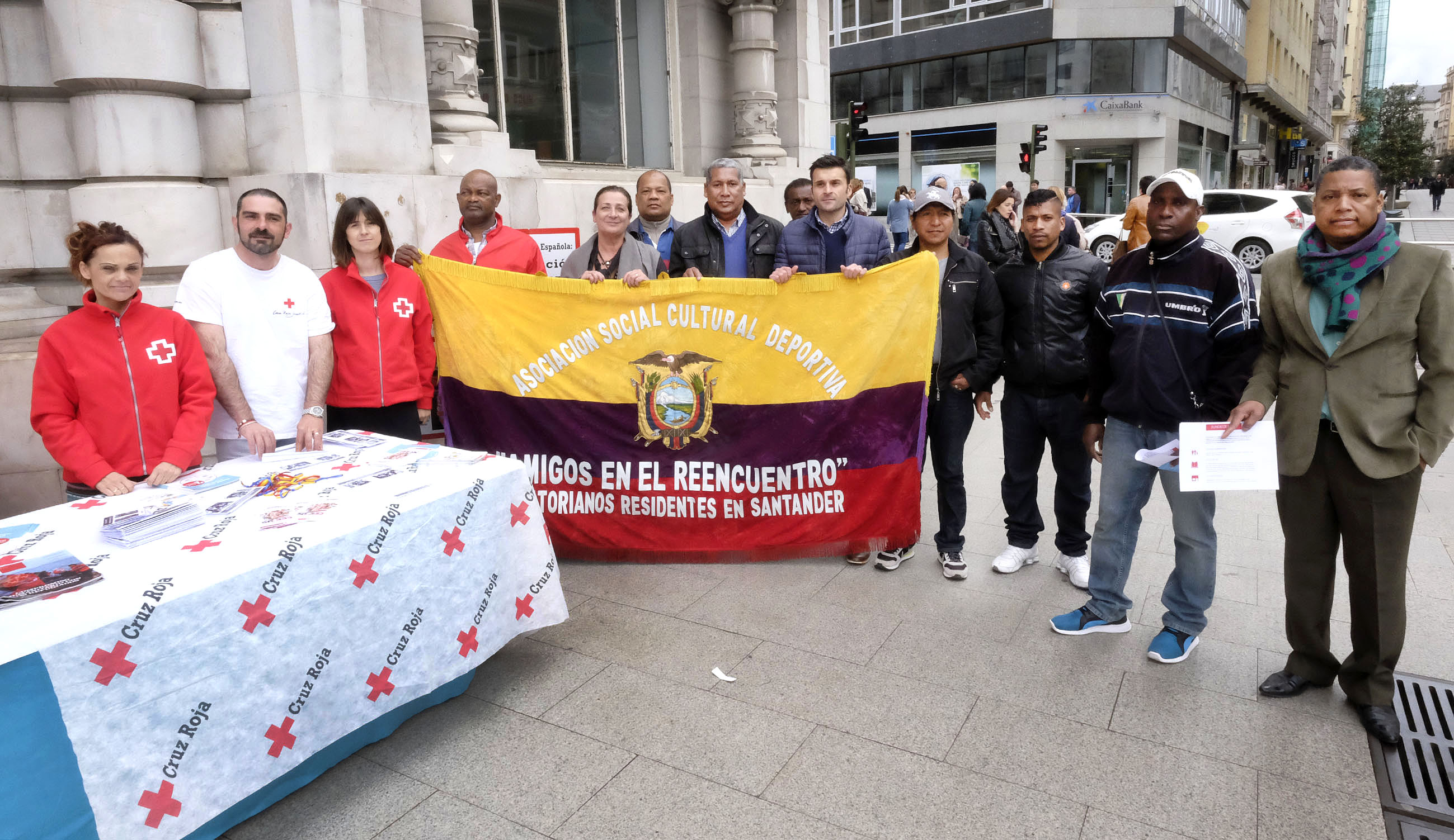 Noticias de santander las ong apelan a la solidaridad de for Oficina 0049 banco santander