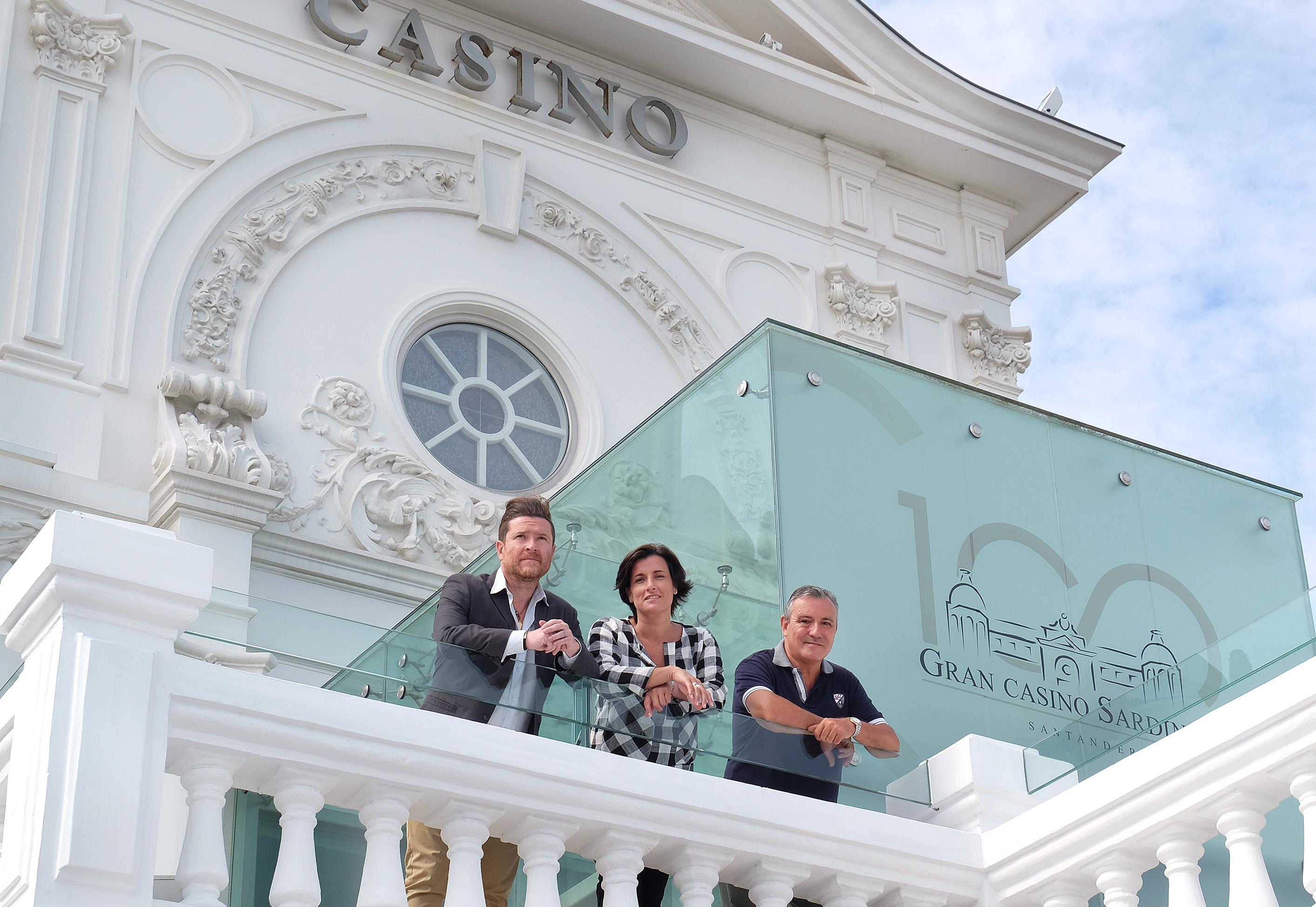 Toda la programaci n del centenario del casino en www for Oficina ola santander