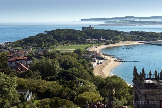 Vista del Palacio de la Magdalena y la península