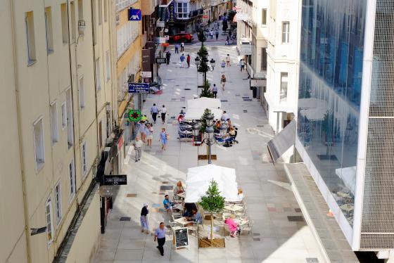 Finalizan las obras de renovación urbana en la calle Miguel Artigas