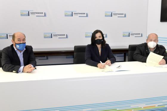 Santander y Fundación José Luis Díaz continúan con los programas para menores