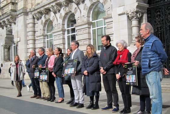 Santander recuerda a la mujer asesinada en Alicante y condena la violencia machista