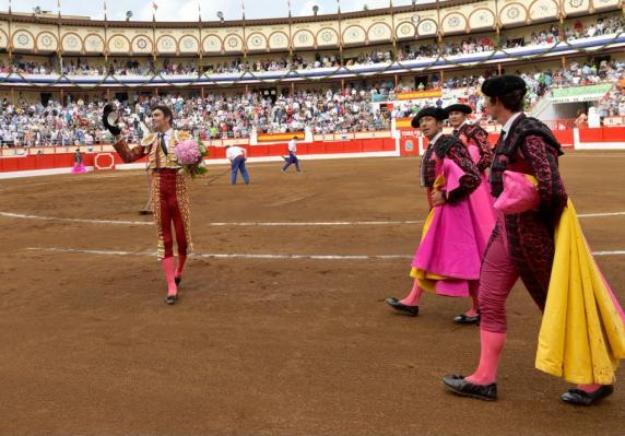corrida_toros_ultima_tarde_santiago_2021_8.jpg