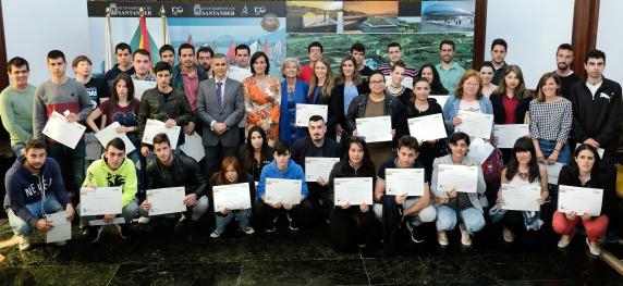 entrega_diplomas_programa_empleo_juvenil_0.jpg