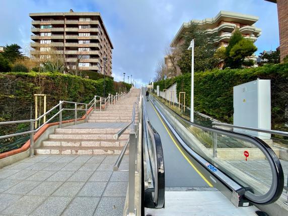 inauguracion_escaleras.jpg