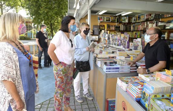 La Feria del Libro Viejo regresa a Santander con 15 librerías, exposiciones y paseos literarios