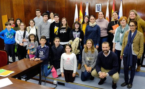 pleno_consejo_ninos_y_ninas_noviembre_2017_-_foto_familia_2.jpg