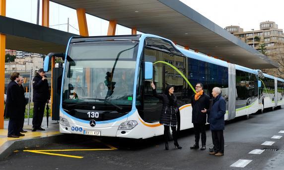 presentacion_autobuses_articulados_tus_2_0.jpg