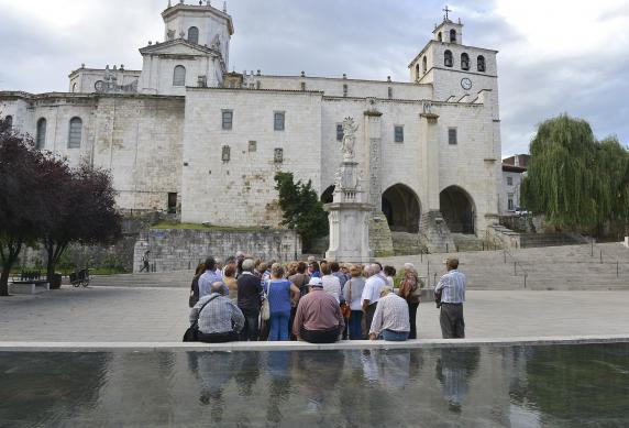 visita_guiada_catedral_archivo_1.jpg